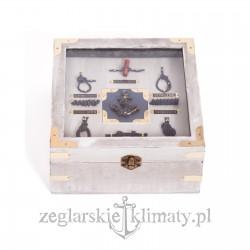 Pudełko drewniane z węzłami