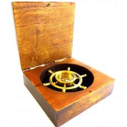 Kompas koło sterowe w pudełku drewnianym