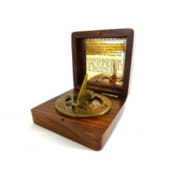Kompas z zegarem słonecznym Gilbert